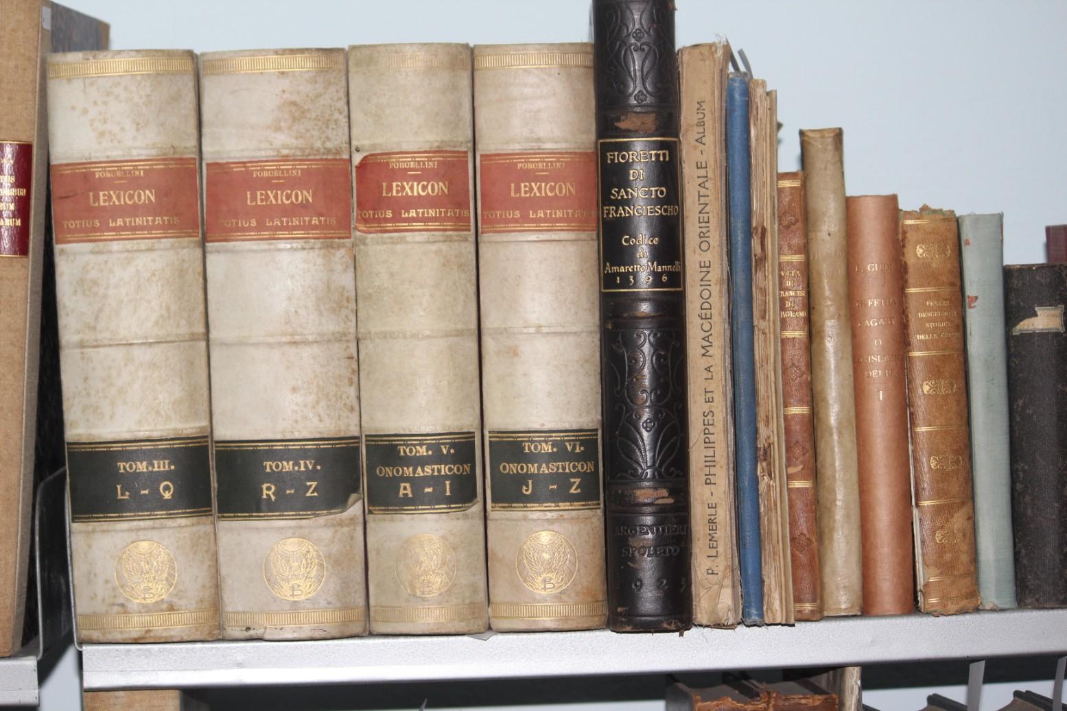 Carte veche și rară